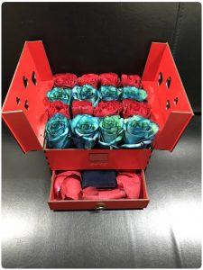خرید باکس گل لاکچری هدیه