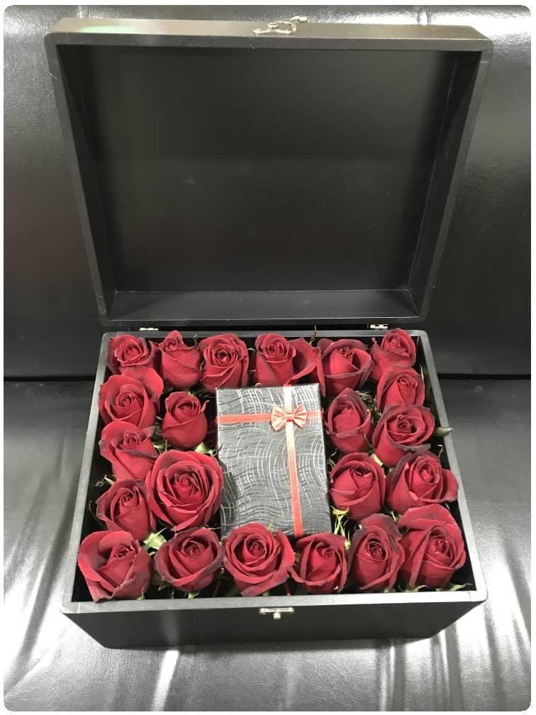 باکس گل لاکچری صندوقی